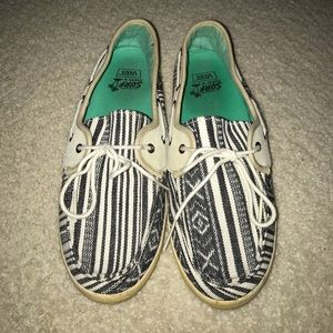 Surf Siders by Vans Tribal Slip On Shoes